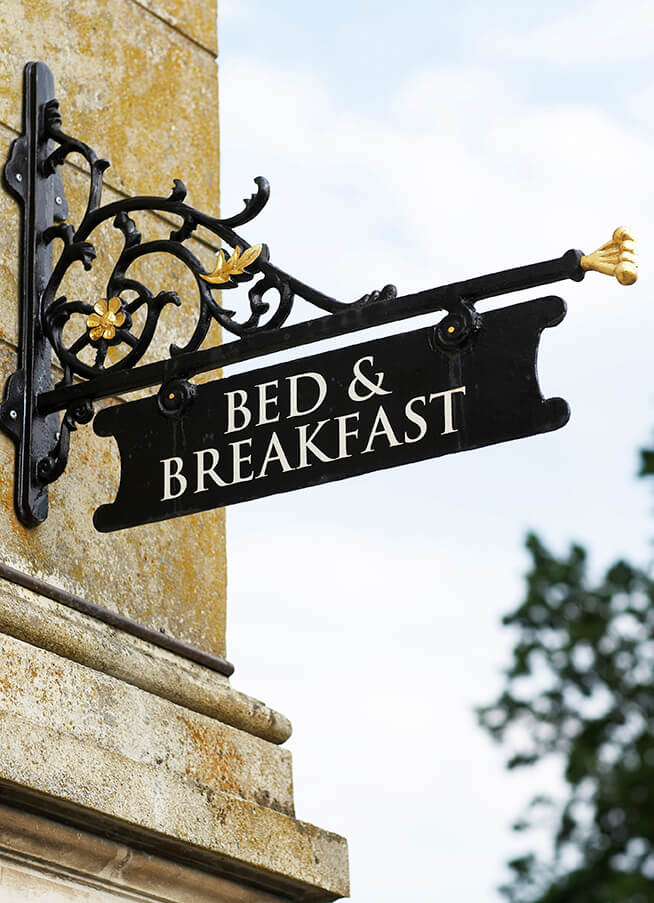 bed breakfast social media